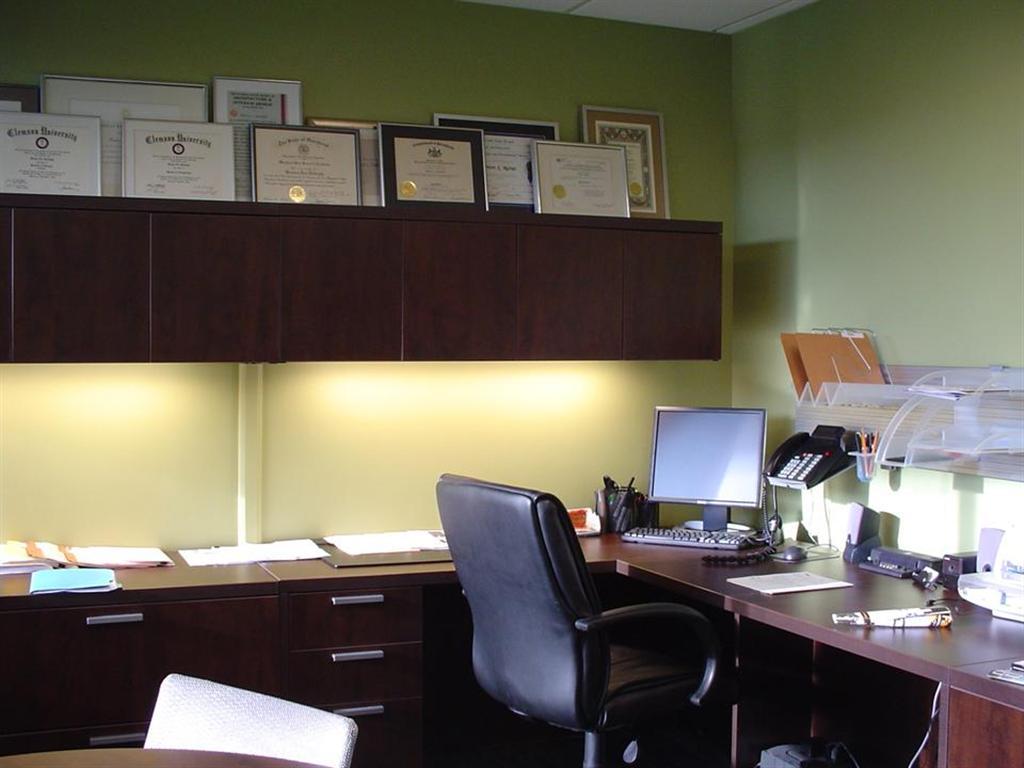 Home lighting basics fl ff design and decor for Task lighting in interior design